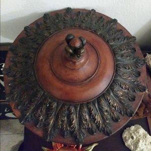 Vintage Accents - Vintage Urn Centerpiece bowl with Lid
